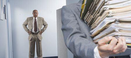 Intern in office